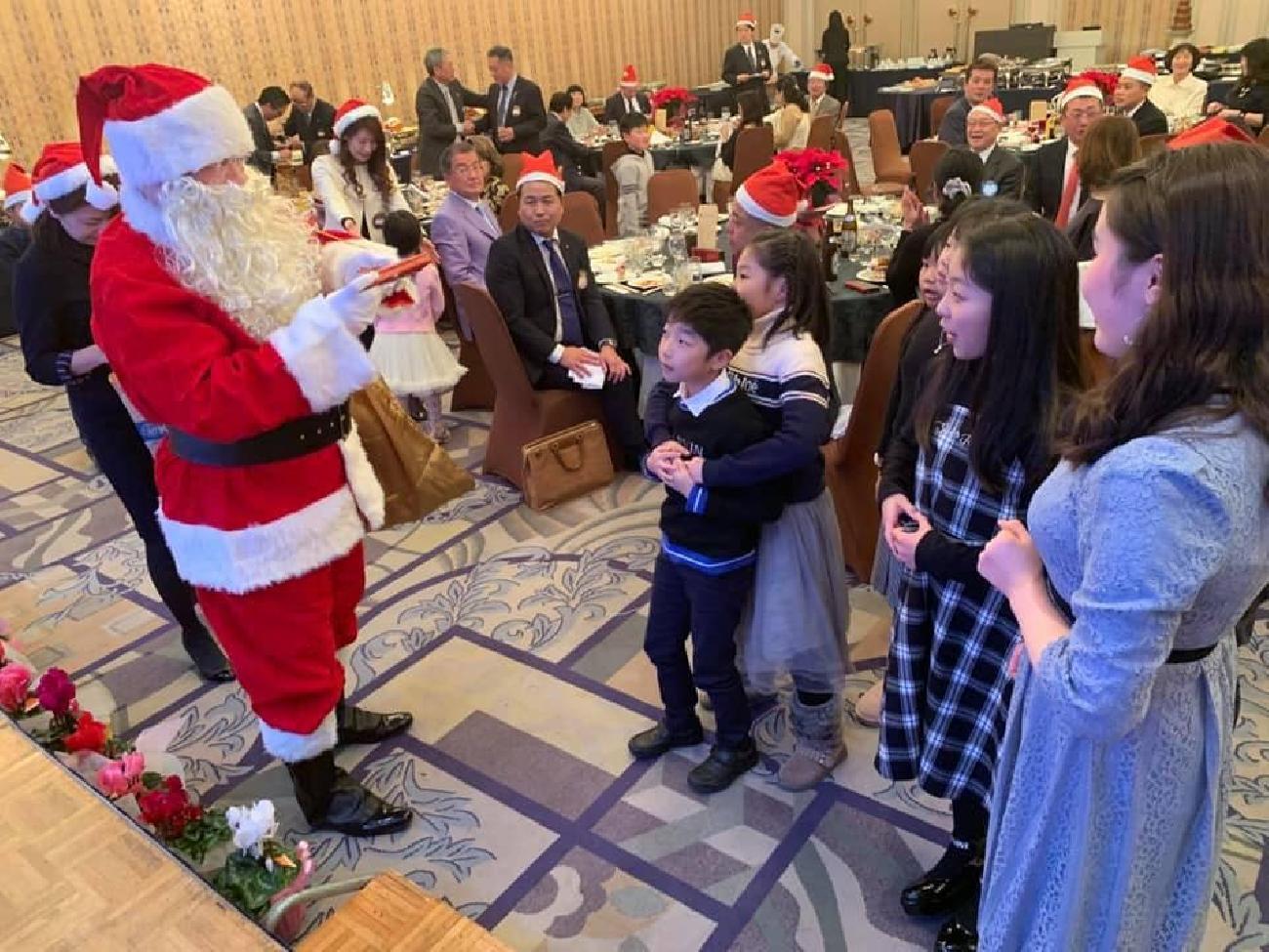 第1135回例会はクリスマス家族例会として開催!